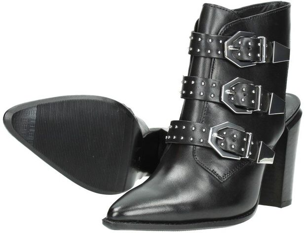 Buckle boots - large